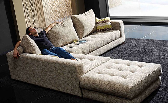 Furnishing Large Living Rooms