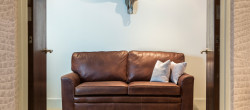 What Colour Carpet Goes With a Brown Leather Sofa?