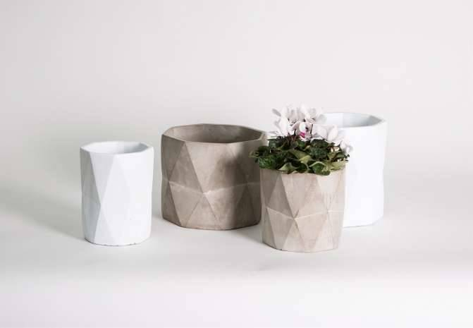 Ceramics and Concrete: The Go-To Materials for Chic Accessories