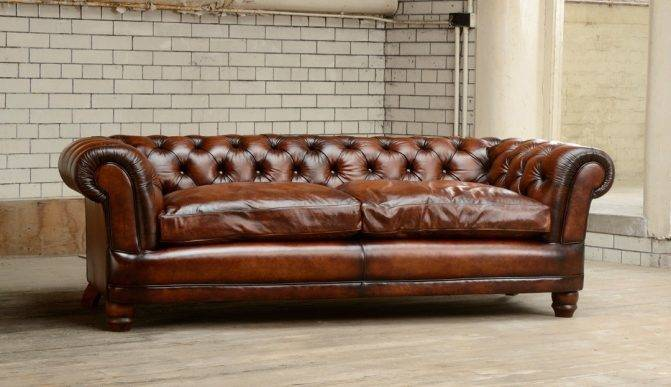 Darlings of Chelsea - Cairness Sofa with Feather Filled Seats